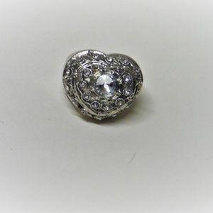 White Gemstones Heart Shaped Fashion Ring